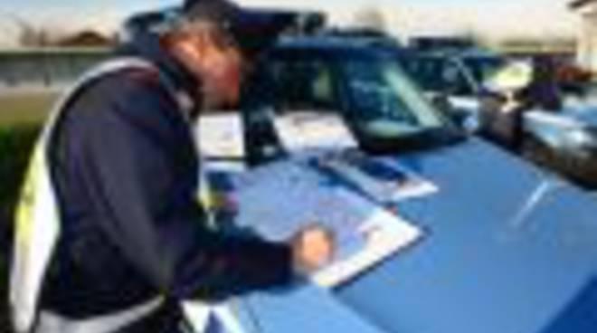 polizia stradale pattuglia_120