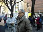 sindaco e manifestanti