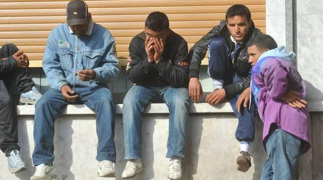 IMMIGRAZIONE: VENTIMIGLIA; SOTTO ASSEDIO TUNISINI VERSO FRANCIA