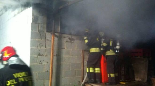 incendio falegnameria pusiano