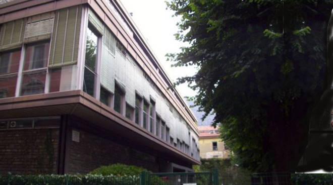 biblioteca como esterno