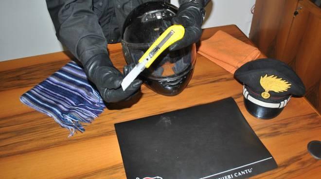 taglierino e casco