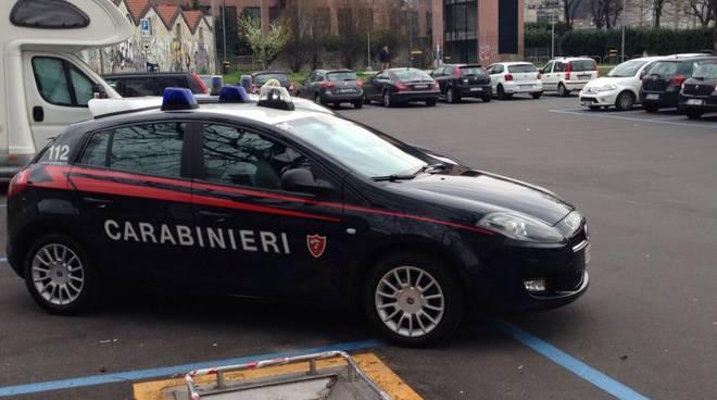 auto carabinieri como