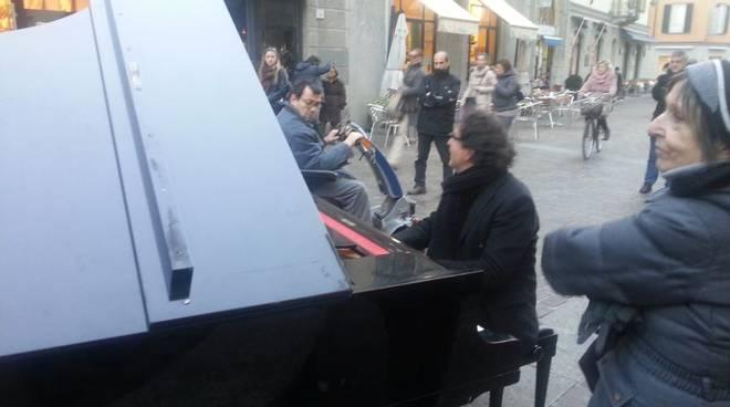 pianista piazza boldoni