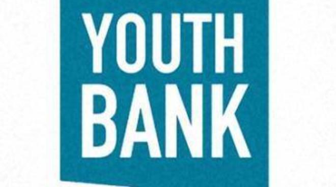 youth bank como