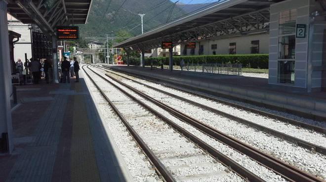 binari stazione erba