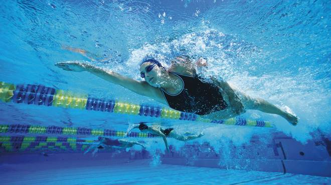 piscina nuoto
