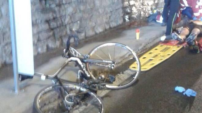 bici incidente regina