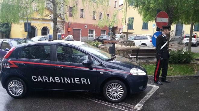 carabinieri piazza albavilla