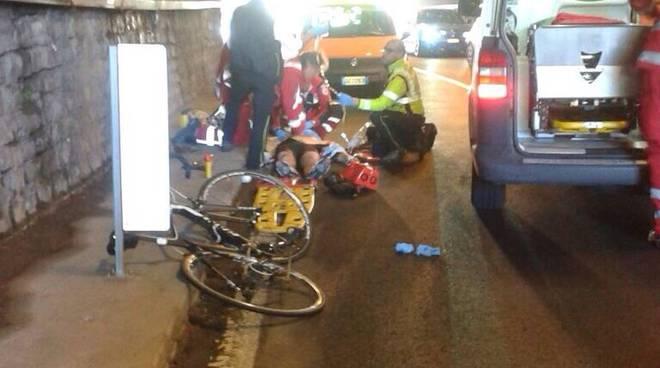 cicloturista ferito moltrasio