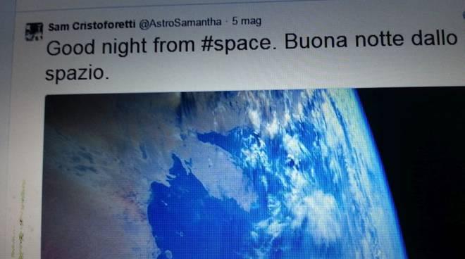 notte dallo spazio