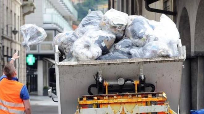 raccolta rifiuti como