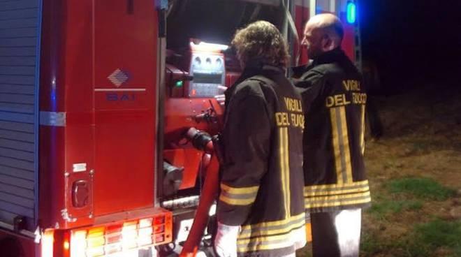 vigili-fuoco-notte-pompieri
