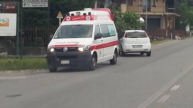 incidente montorfano ambulanza
