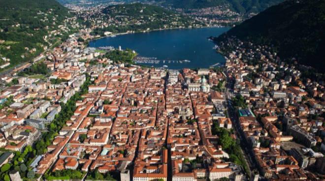 La-Città-di-Como_photo-Yann-Arthus-Bertrand_m-1000x600