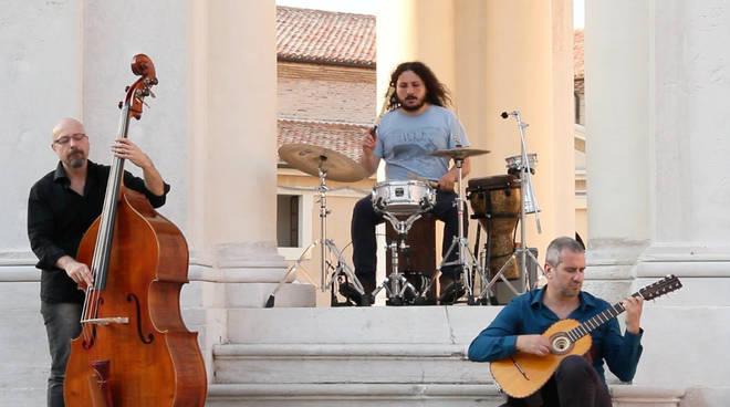 lakecomo festival trio-seneca-3