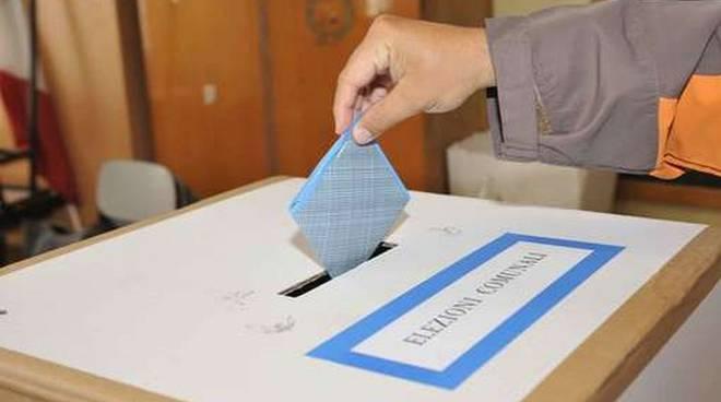 seggio per elezioni comunali