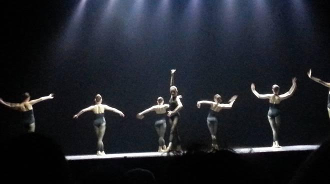 balletto sociale1