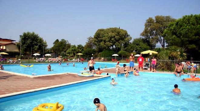 cantù piscina