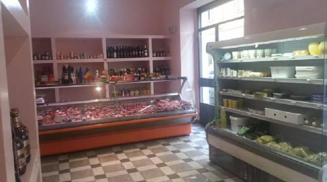 negozio di alimentari como