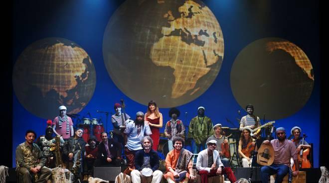 orchestra piazza vittorio_il-giro-del-mondo-in-80-minuti