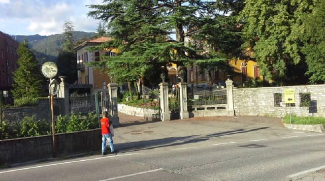 salesiani e profughi tavernola