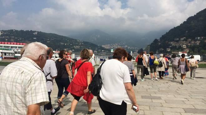 turisti a Como