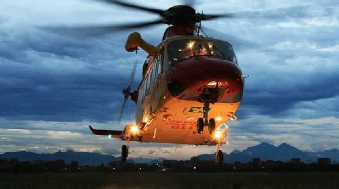 elicottero 118 milano notte