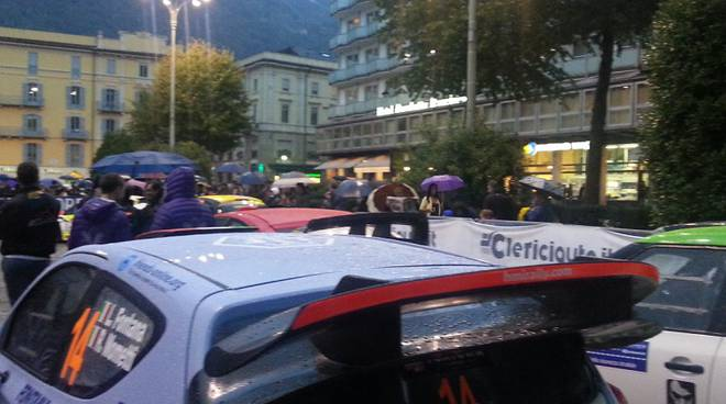 auto rally piazza cavour