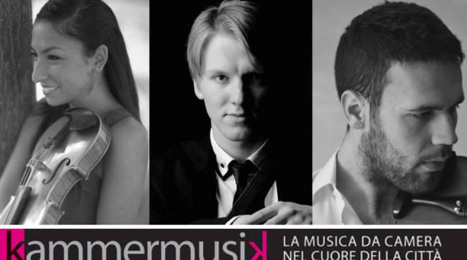 casa delal musica Trio-academia