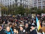 manifestazione solidarietà per parigi a milano