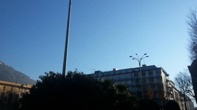 cielo azzurro piazza cavour