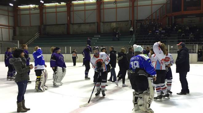 saluti fine partita hockey donne