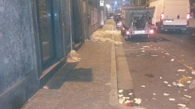 spazzini cantù pulizia strada