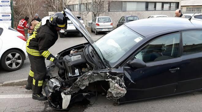 auto tavernerio incidente
