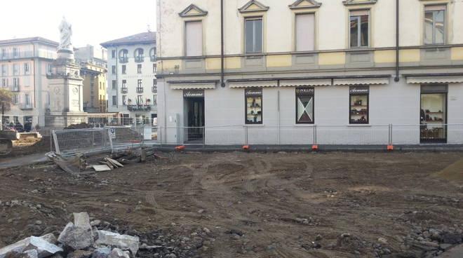 piazza volta scavo cantiere