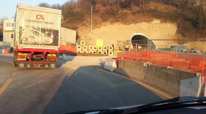 pusiano tunnel cantiere e ingresso