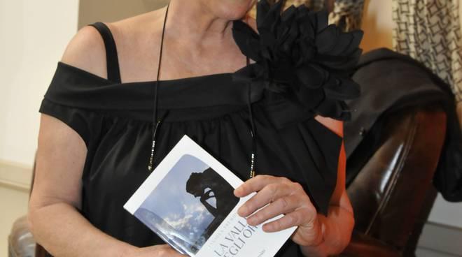 Angiola-Tremonti-e-il-suo-libro