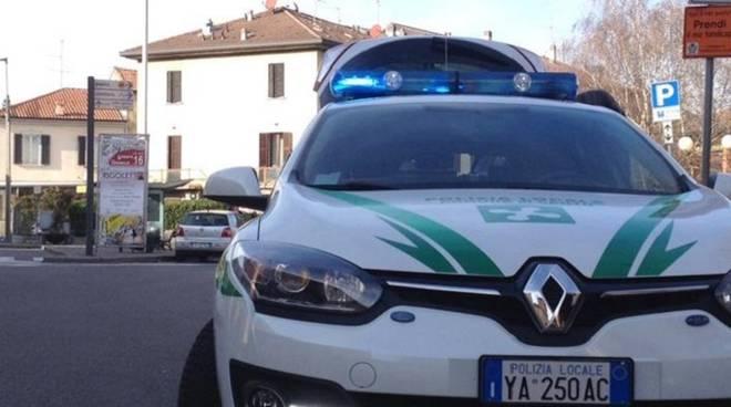 auto polizia locale cantù