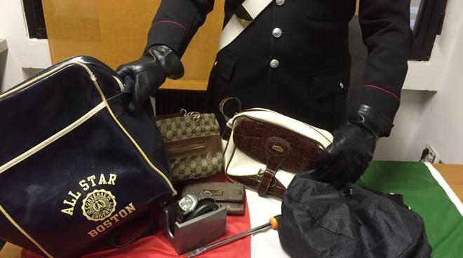 borsa RITROVATE DA carabinieri e orologio
