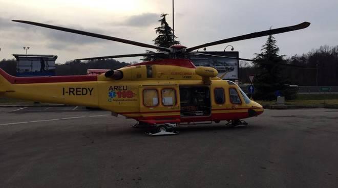 parto autogrill elicottero 118