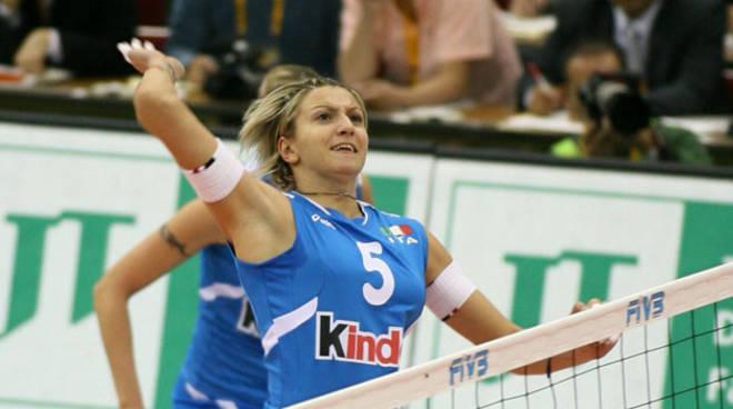 Sara Anzanello (ITA) spikes