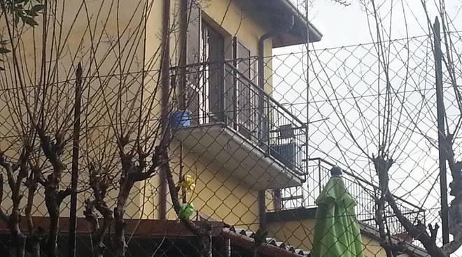 balcone casa albese furto
