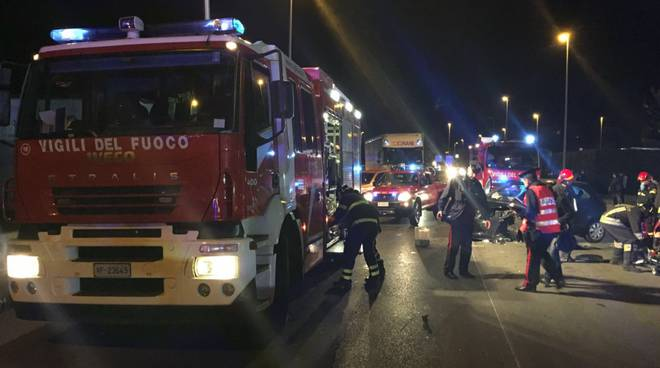 incidente anzano pompieri e forze ordine