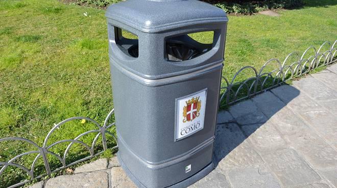 nuovo cestino rifiuti comune como