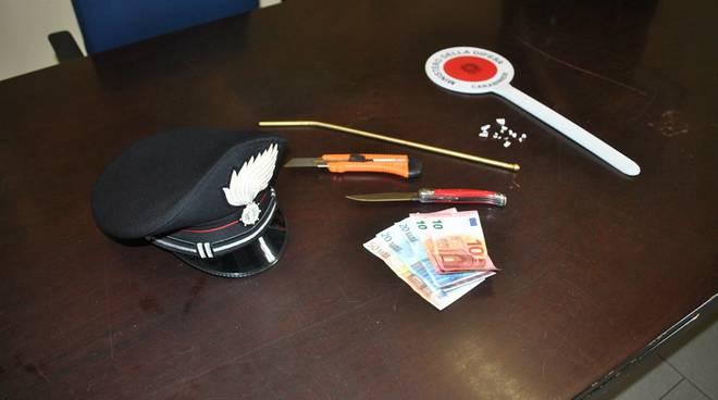 oggetti sequestrati carabinieri ladro di auto