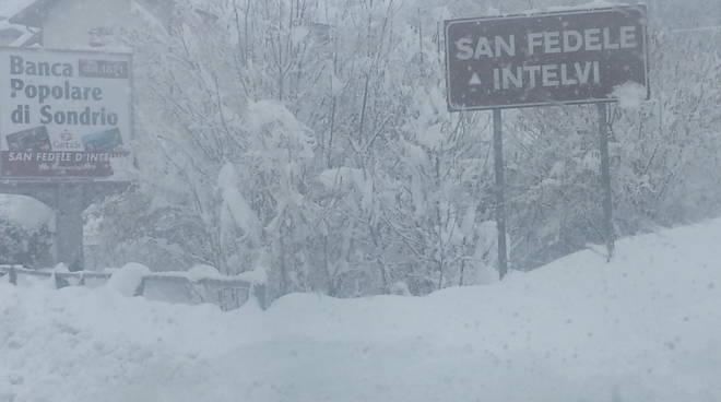 san fedele cartello con nevicata