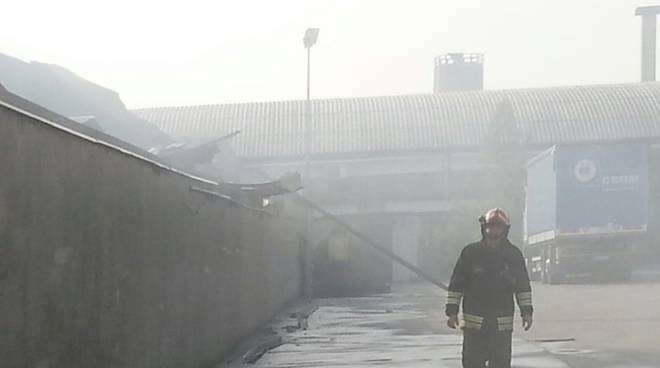 pompieri fumo perticato