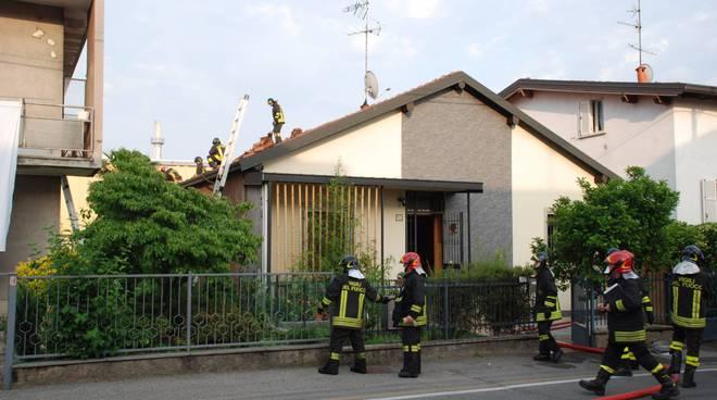 esplosione casa di rovellasca