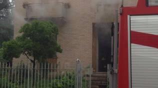 incendio cucina casa mozzate